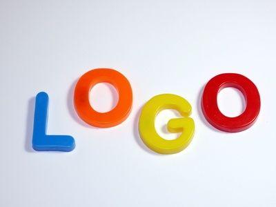 Come creare un logo unico