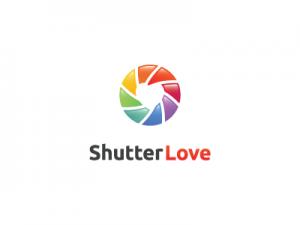 logo shutter love